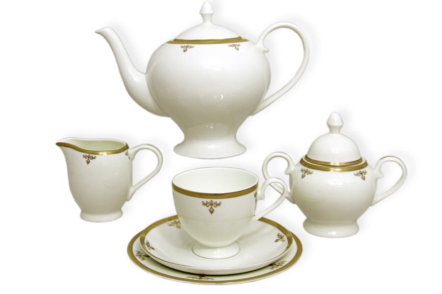Чайный сервиз Ампир 40 предметов на 12 персон. E5-09-24/40-ALE5-09-24/40-ALЧайная и обеденная столовая посуда торговой марки Emerald произведена из высококачественного костяного фарфора. Благодаря высокому качеству исполнения, разнообразным декорам и оптимальному соотношению цена – качество, посуда Emerald завоевала огромную популярность у покупателей и пользуется неизменно высоким спросом. Поверхность изделий покрыта превосходной сверкающей глазурью, не содержащей свинца.