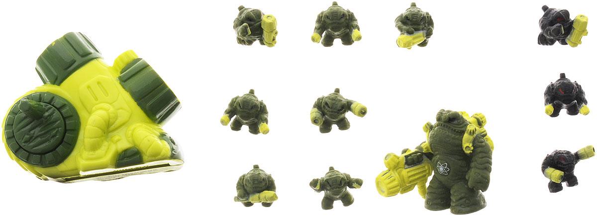 Atomicron Игровой набор Arsenicus Atom1170435_General TOXIN_зелёный/салатовыйИгровой набор Atomicron Arsenicus Atom включает 12 пластиковых фигурок. 8 фигурок человекоподобных жаб болотного цвета представляют собой армию Мышьяка, которой командует генерал Токсин, а 3 черных фигурки - их противники. В набор также входит дропшутер - уникальное оружие, которое может стрелять солдатами-микронами. В Atomicron персонажи представлены классами химических элементов и их противоположностей. Таким образом, дети знакомятся с миром химии посредством увлекательной игры! Соберите все армии союзов Материи и их грозных противников - Антиматерии, чтобы устроить эпичное миниатюрное сражение за мир и порядок во Вселенной!