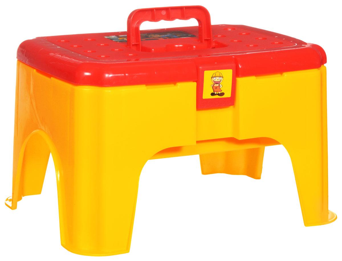 Shantou Gepai Набор инструментов ТабуретT113_желтый, красныйНабор инструментов Shantou Gepai Табурет познакомит ребенка с различными видами инструментов, а также их особенностями и способом применения. В набор включены обязательные для любого столяра элементы, являющиеся пластиковыми безопасными копиями реальных инструментов и предметов. В комплекте 33 предмета: отвертка, плоскогубцы, молоток и запчасти! Набор инструментов отлично подойдет для ролевых игр ребенка, как в помещении, так и на свежем воздухе. Такой набор понравится любому мальчишке, который хочет быть похожим на папу и теперь у него есть такая возможность. Инструменты выглядят как настоящие, а значит, он сможет повторять все то, что делает отец. Во время ролевой игры активизируется мыслительная деятельность - восприятие, концентрация, способность к обобщению, игрушка способствует развитию воображения, социальной адаптации.
