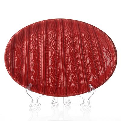 Блюдо House & Holder Вязание, цвет: красный, 27,5 см х 19 смEN3111025_красныйОригинальное овальное блюдо House & Holder Вязание, изготовленное из высококачественного фарфора, прекрасно подойдет для красивой сервировки стола. Изделие оформлено оригинальным рельефом, как у вязаного изделия. Идеально подходит для сервировки салатов, закусок, нарезок. Подойдет как для торжественных случаев, так и для повседневного использования. Изящный дизайн придется по вкусу и ценителям классики, и тем, кто предпочитает утонченность и изысканность.