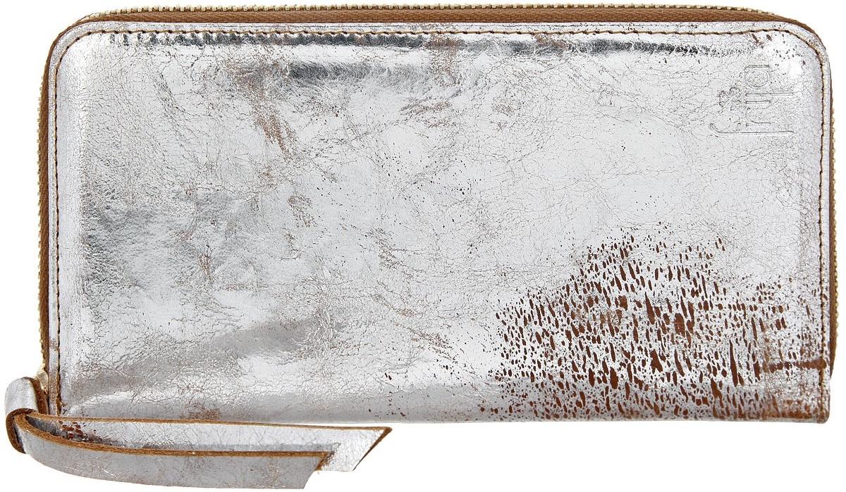 Портмоне женское Frija, цвет: серебристый, золотой, коричневый. 15-0209-1115-0209-11Женское портмоне Frija - это не только удобная и практичная вещь, но и стильный современный аксессуар, который, благодаря своему привлекательному дизайну и высокому качеству исполнения, блестяще подчеркнет тонкий взыскательный вкус своей обладательницы. Выполнено из натуральной кожи и декорировано хлястиком. Модель закрывается на металлическую молнию. Внутри три отделения для купюр, два скрытых дополнительных кармана, одно отделение для мелочи на молнии, восемь карманов для кредиток. Портмоне упаковано в фирменную коробку-футляр.
