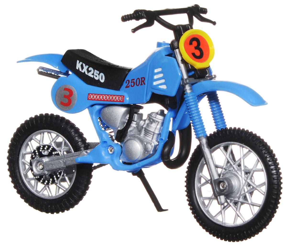 Dickie Toys Кроссовый мотоцикл № 3 цвет голубой3385773_голубой №3Кроссовый мотоцикл Dickie Toys №3 непременно понравится любому маленькому гонщику. Мотоцикл выполнен из прочного безопасного пластика, его колесики прорезинены для лучшего сцепления с поверхностью пола. Мотоцикл оснащен откидывающейся боковой ножкой и оформлен красочными стикерами. Яркий, реалистичный мотоцикл, выполненный с вниманием к деталям, станет отличным дополнением к автопарку вашего малыша! Ваш ребенок часами будет играть с такой игрушкой, придумывая различные истории и устраивая соревнования. Порадуйте его таким замечательным подарком!