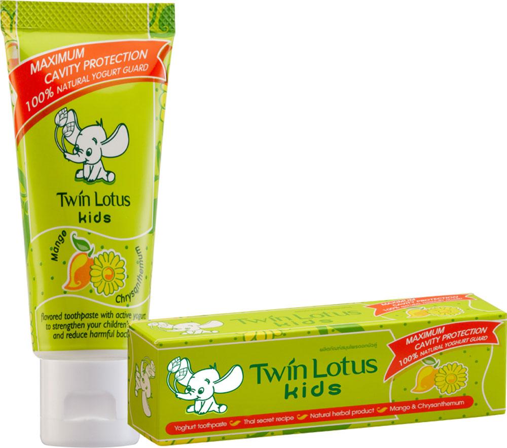 Twin Lotus Детская зубная паста Манго и хризантема, 50 г1336Для молочных и постоянных зубов.Не содержит фтора, лауритсульфат натрия, парабенов, ПЭГ. Зубная паста предназначена для детей от 3 до 10 лет. Препятствует росту бактерий, обеспечивая надежную защиту от кариеса, нормализуют микробный состав полости рта, укрепляет зубную эмаль, предотвращая потерю кальция, обладает приятным фруктовым вкусом.