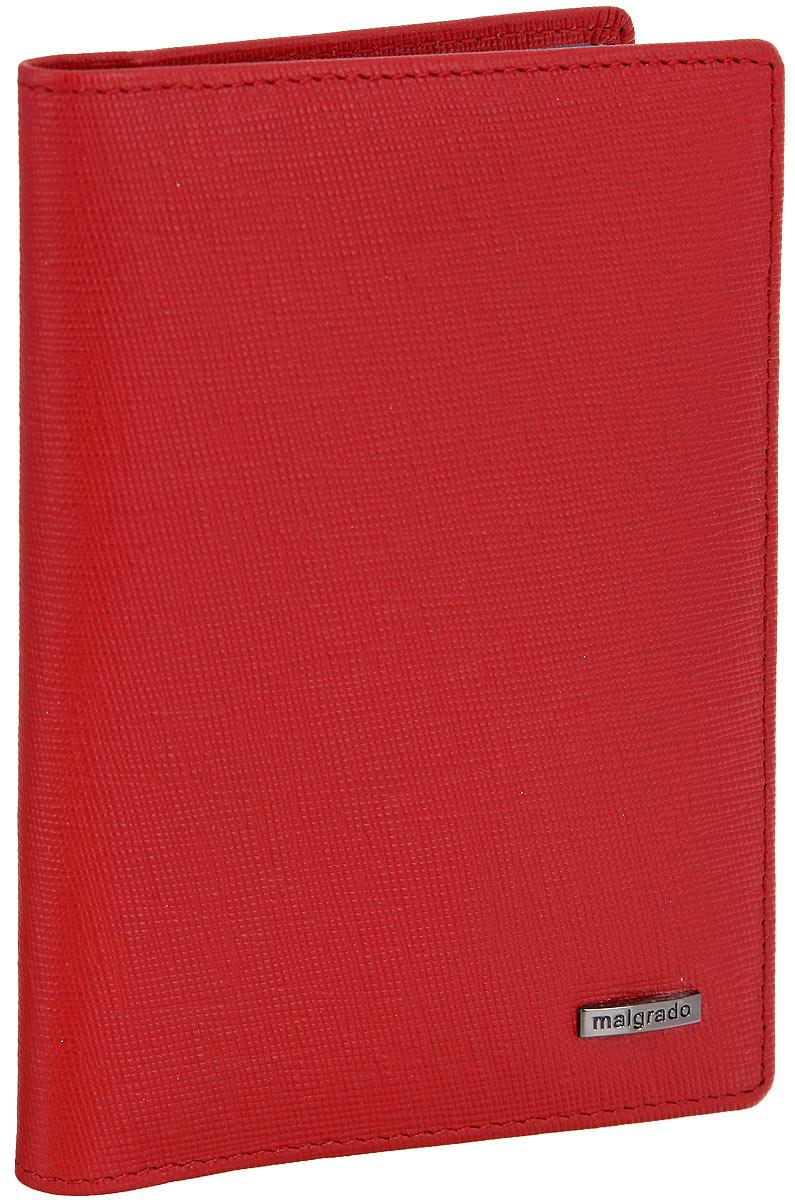 Обложка для паспорта женская Malgrado, цвет: красный. 54019-1380154019-13801D RedСтильная обложка для паспорта Malgrado выполнена из натуральной кожи с декоративным тиснением и оформлена металлической фурнитурой с символикой бренда. Изделие раскладывается пополам. Внутри расположены два накладных кармана, один из которых дополнен прозрачной вставкой из пластика, и пять накладных кармашков для пластиковых карт или визиток. Изделие дополнено съемным блоком для хранения автодокументов. Блок включает в себя четыре стандартных файла, один файл для хранения водительского удостоверения и один файл формата А3. Обложка для паспорта поставляется в фирменной упаковке. Обложка для паспорта поможет сохранить внешний вид ваших документов и защитит их от повреждений, а также станет стильным аксессуаром, который подчеркнет ваш образ.