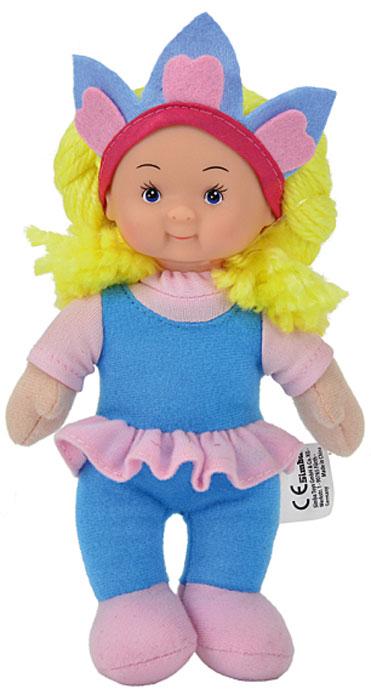 Simba Кукла мягкая цвет наряда голубой розовый5017262_голубой, розовыйМягкая кукла Simba непременно понравится малышке, она быстро привлечет внимание своей яркой расцветкой, добрым взглядом и красивым нарядом. Малышка с удовольствием придумает много детских игр, которые от души порадуют девочку и подарят хорошее настроение на целый день. Красивая и мягкая на ощупь кукла обязательно заинтересует малышку и увлечет ее в мир удивительных игр. Кукла одета в симпатичный голубой комбинезон с розовой футболкой. Очаровательные волосы желтого цвета, сплетенные из нитей, дополняют прекрасный образ куклы. Мягкая кукла Simba поможет в развитии тактильной чувствительности, стимулируют зрительное восприятие, хватательные рефлексы и моторику рук.