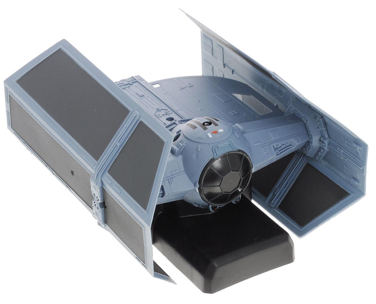 Air Hogs Космический корабль на радиоуправлении TIE Advanced x1 Fighter44531_20069167_черныйРадиоуправляемая модель Air Hogs Звездные войны: TIE Fighter обязательно привлечет внимание и взрослого, и ребенка, и несомненно понравится любому поклоннику знаменитой космической саги Звездные войны. Игрушка выполнена в виде корабля TIE Fighter - незабываемого символа имперского флота. Модель изготовлена из прочного пластика, имеет прорезиненные колесики, которые обеспечивают надежное сцепление с поверхностью, и дополнена лампочками со световыми эффектами. Игрушка может перемещаться не только по вертикальным, но и по горизонтальным поверхностям, она двигается вперед, дает задний ход, поворачивает влево и вправо, останавливается. В комплект также входит лист со светящимися в темноте стикерами. Ваш ребенок часами будет играть с моделью, придумывая различные истории и устраивая соревнования. Порадуйте его таким замечательным подарком! Для работы пульта управления требуются 6 батарей типа АА (не входят в комплект).