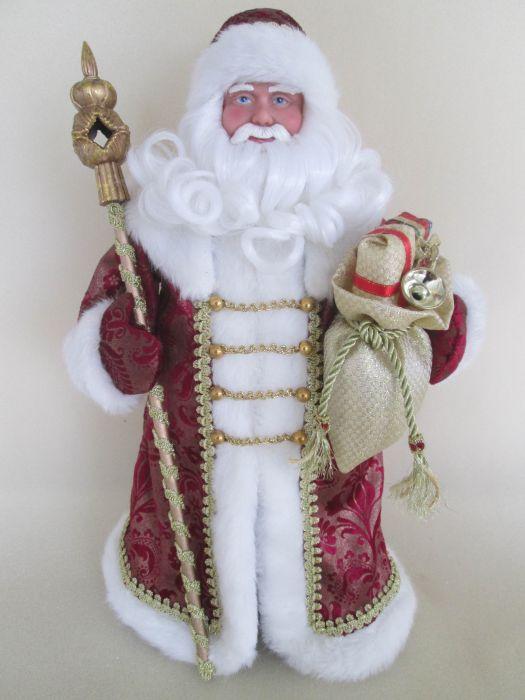 Новогодняя фигурка Дед Мороз в бордовом костюме арт.3909039090Новогодняя фигурка Дед Мороз в бордовом костюме арт.39090 (41см, из пластика и ткани) арт.39090