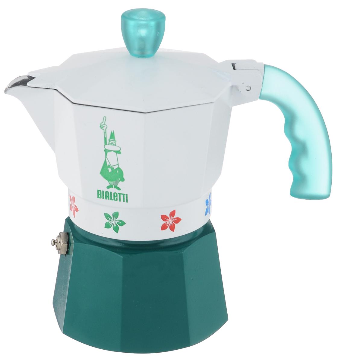 Кофеварка гейзерная Bialetti Moka Fiori Caldaia Verde, цвет: белый, зеленый, на 3 чашки4472Компактная гейзерная кофеварка Bialetti Moka Fiori Caldaia Verde изготовлена из высококачественного алюминия и стали. Объема кофе хватает на 3 чашки. Изделие оснащено удобной пластиковой ручкой. Принцип работы такой гейзерной кофеварки - кофе заваривается путем многократного прохождения горячей воды или пара через слой молотого кофе. Удобство кофеварки в том, что вся кофейная гуща остается во внутренней емкости. Гейзерные кофеварки пользуются большой популярностью благодаря изысканному аромату. Кофе получается крепкий и насыщенный. Теперь и дома вы сможете насладиться великолепным эспрессо. Подходит для газовых, электрических и стеклокерамических плит. Нельзя мыть в посудомоечной машине. Высота (с учетом крышки): 16 см.