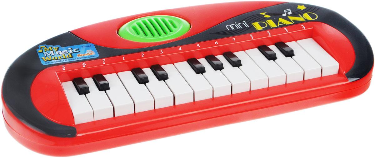 Simba Музыкальная игрушка Мини-пианино цвет красный6835019_красныйМузыкальная игрушка Мини-пианино - замечательное детское пианино, которое издает приятные для слуха звуки, выходящие из динамика при нажатии на клавиши. Такая игрушка дает ребенку возможность сочинять музыку, подпевая. Для ребенка это электронное пианино будет первым шагом в музыкальный мир. Музыка обладает большой силой эмоционального воздействия, воспитывает чувства человека, формирует вкусы. Кроме того, при помощи музыки гораздо более качественно усваивается и речевой материал. Музыкальное развитие очень важно для любого ребенка. Игрушка развивает мелкую моторику, мышление, зрительное и звуковое восприятие, повышает двигательную активность малышей. Рекомендуемый возраст: от 3 лет. Рекомендуется докупить 2 батарейки напряжением 1,5V типа R6 (товар комплектуется демонстрационными).