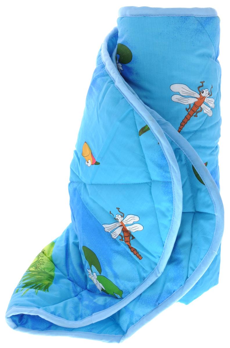 Letto Детское одеяло-покрывало цвет синий зеленый 110 см х 140 смsp13-110Покрывало-одеяло Letto с изображением забавных лягушат будет радовать вашего малыша в любое время года. К тому же одеяло можно использовать и как покрывало на детскую кровать. Наполнитель - силиконизированное волокно. Это полое спиралеобразное волокно. Полая структура позволяет силиконовому волокну хорошо пропускать воздух, испаряя влагу, и задерживать тепло. Вашему ребенку не будет жарко под таким одеялом, а это значит он не будет раскрываться. Одеяло сохраняет свою форму даже при длительной эксплуатации, после многочисленных стирок. Поставляется одеяло в сумке-чехле. Изделие подлежит машинной стирке строго на деликатном режиме 30 градусов.