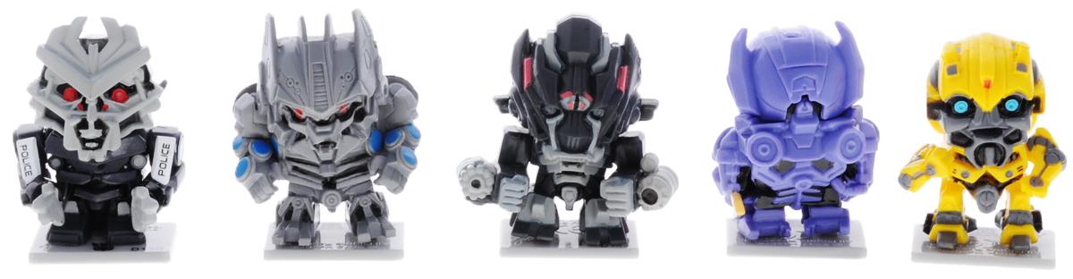 Transformers Набор фигурок 5 шт Набор 2TRF450_набор 2Набор фигурок Transformers станет восхитительным сюрпризом для вашего малыша и подарит ему множество счастливых мгновений. Этот набор приведет в восторг любого маленького поклонника знаменитых Трансформеров, ведь он включает в себя 5 мини-фигурок героев мультфильма. Также в комплект входят 5 подставок для фигурок и 5 коллекционных карточек персонажей. Фигурки выполнены из прочного безопасного пластика. Ваш ребенок часами будет играть с этим набором, придумывая различные истории с участием любимых героев. Высокое качество исполнения фигурок порадует маленьких коллекционеров, и такие фигурка займет достойное место в коллекции игрушек вашего малыша. Небольшие размеры фигурок позволят брать их с собой на прогулку.