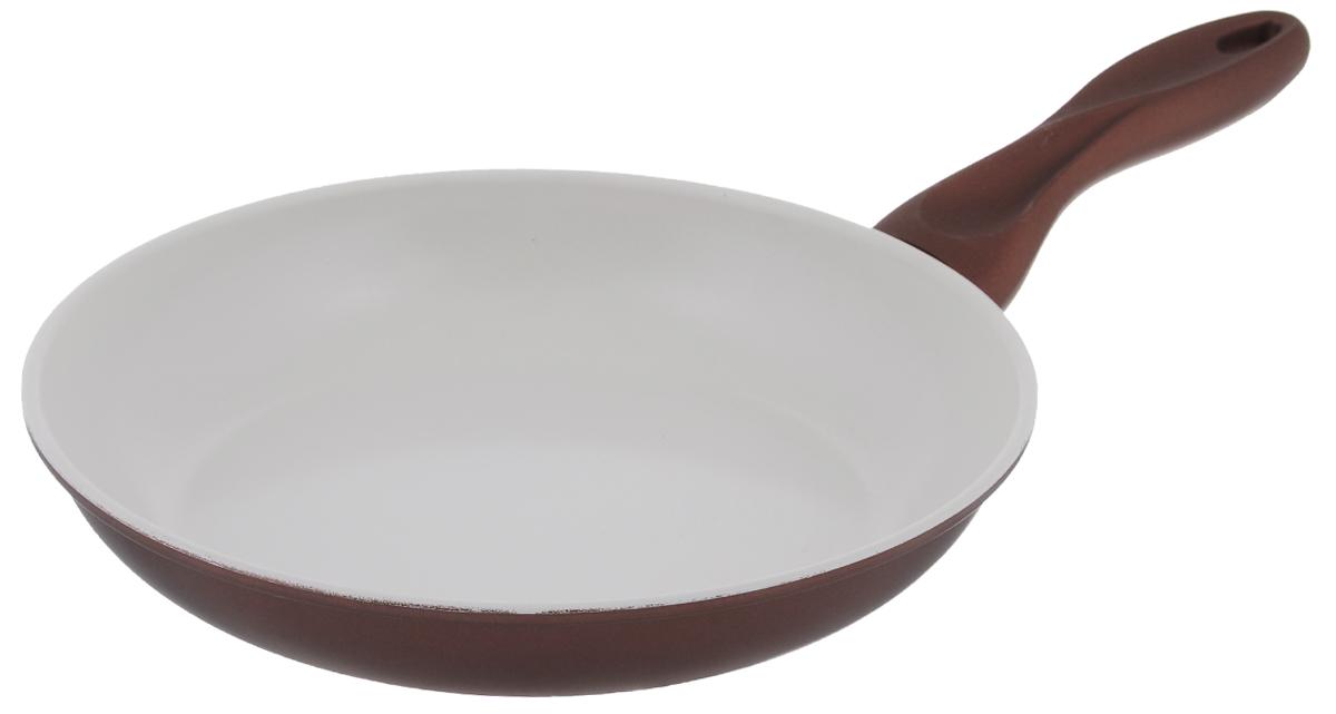 Сковорода Mayer & Boch, с керамическим покрытием, цвет: бронзовый. Диаметр 24 см22228_бронзовыйСковорода Mayer & Boch изготовлена из углеродистой стали с высококачественным керамическим покрытием. Керамика не содержит вредных примесей ПФОК, что способствует здоровому и экологичному приготовлению пищи. Кроме того, с таким покрытием пища не пригорает и не прилипает к стенкам, поэтому можно готовить с минимальным добавлением масла и жиров. Гладкая, идеально ровная поверхность сковороды легко чистится, ее можно мыть в воде руками или вытирать полотенцем. Эргономичная ручка специального дизайна выполнена из силикона. Сковорода подходит для использования на газовых и электрических плитах. Также изделие можно мыть в посудомоечной машине. Диаметр: 24 см. Высота стенки: 4 см. Толщина стенки: 1,5 мм. Толщина дна: 2 мм. Длина ручки: 16 см. Диаметр дна: 18 см.