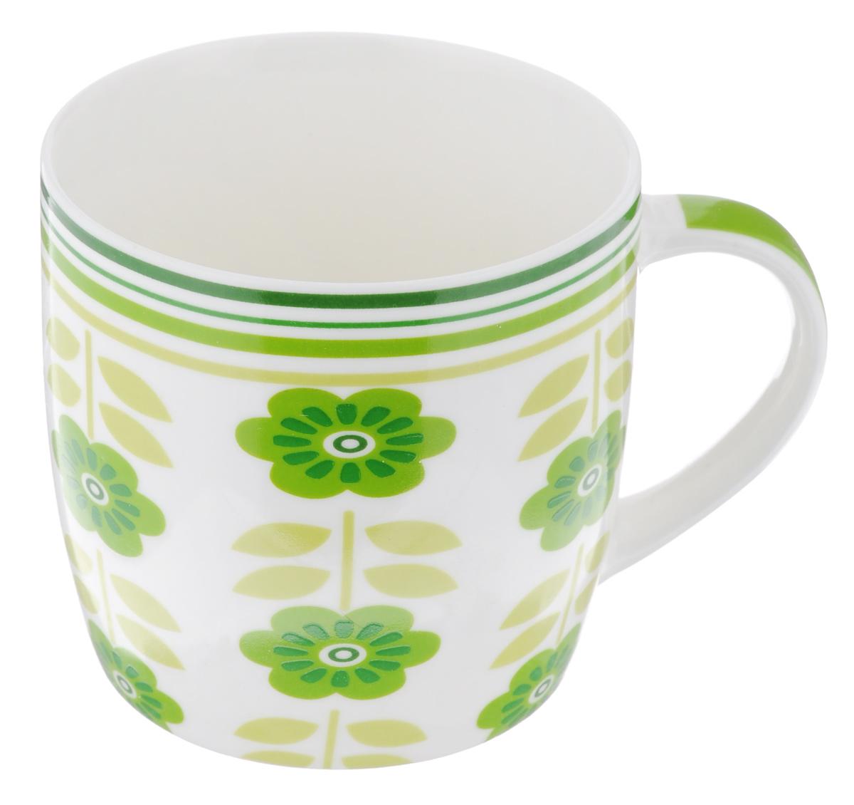 Кружка Loraine Цветы, цвет: белый, зеленый, 320 мл24474_белый, зеленыйОригинальная кружка Loraine Зеленые цветы выполнена из костяного фарфора и оформлена красочным рисунком. Она станет отличным дополнением к сервировке семейного стола и замечательным подарком для ваших родных и друзей.