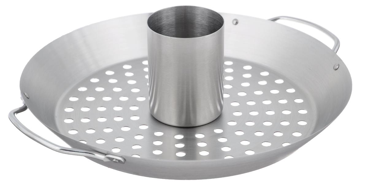 Ростер для курицы Gefu, диаметр 31 см89156Ростер Gefu предназначен для равномерного поджаривания целой курицы в гриле. Продукт получается хрустящим снаружи и сочным внутри. В комплекте поддон емкостью 300 мл для наполнения маринадом или пивом. Без емкости для маринада ростер используется как вок для приготовления овощей. Изделие выполнено из высококачественной стали. Диаметр ростера: 31 см. Высота стенок: 4 см. Высота с учетом емкости для маринада: 9,5 см. Сталь 18/10.