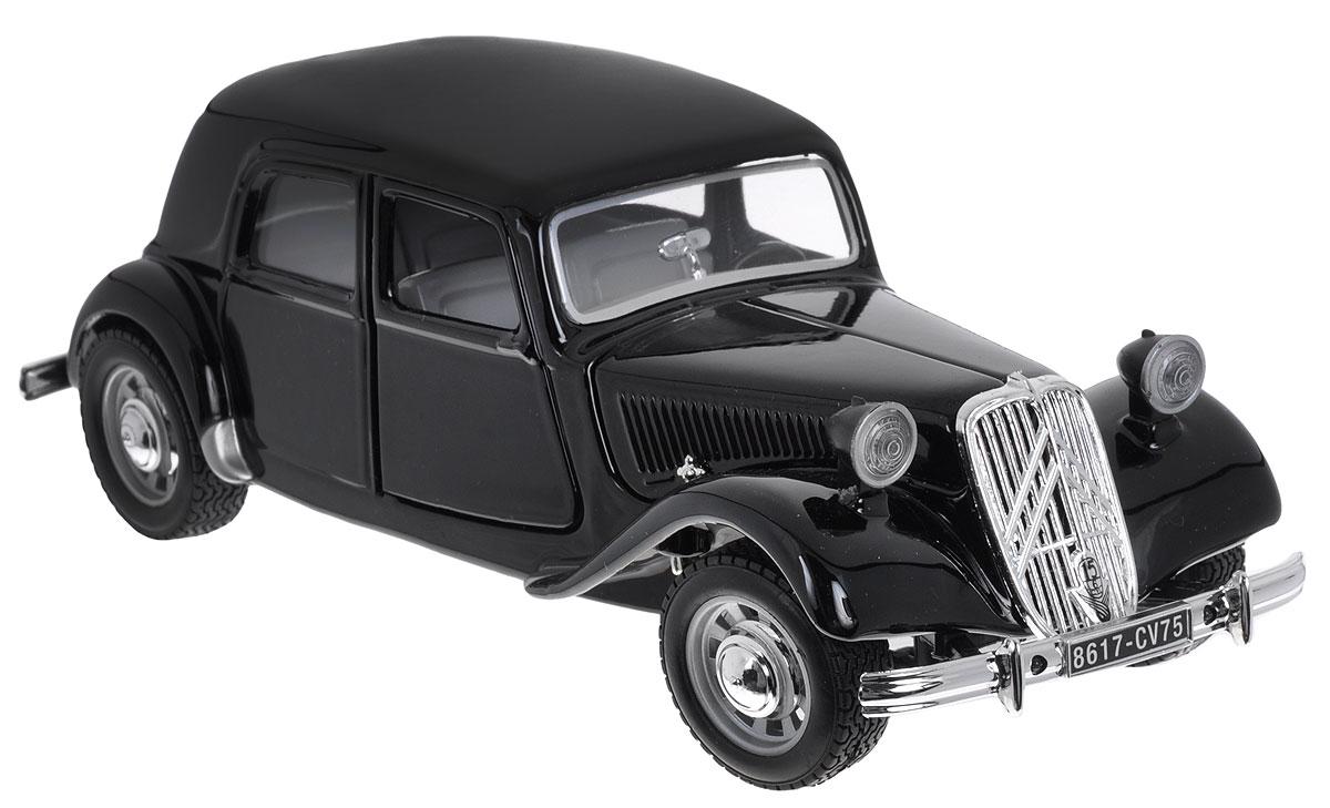 Bburago Модель автомобиля Citroen 15 CV TA 1938 цвет черный18-22017_черныйКоллекционная модель автомобиля Bburago Citroen T.A. 15 CV 1938 будет отличным подарком как ребенку, так и взрослому коллекционеру. Благодаря броской внешности, а также великолепной точности, с которой создатели этой модели масштабом 1:24 передали внешний вид настоящего автомобиля, машинка станет подлинным украшением любой коллекции авто. Машинка будет долго служить своему владельцу благодаря металлическому корпусу с элементами из пластика. Передние двери машины открываются. Шины обеспечивают отличное сцепление с любой поверхностью пола. Модель автомобиля Bburago Citroen T.A. 15 CV 1938 обязательно понравится вашему ребенку и станет достойным экспонатом любой коллекции.