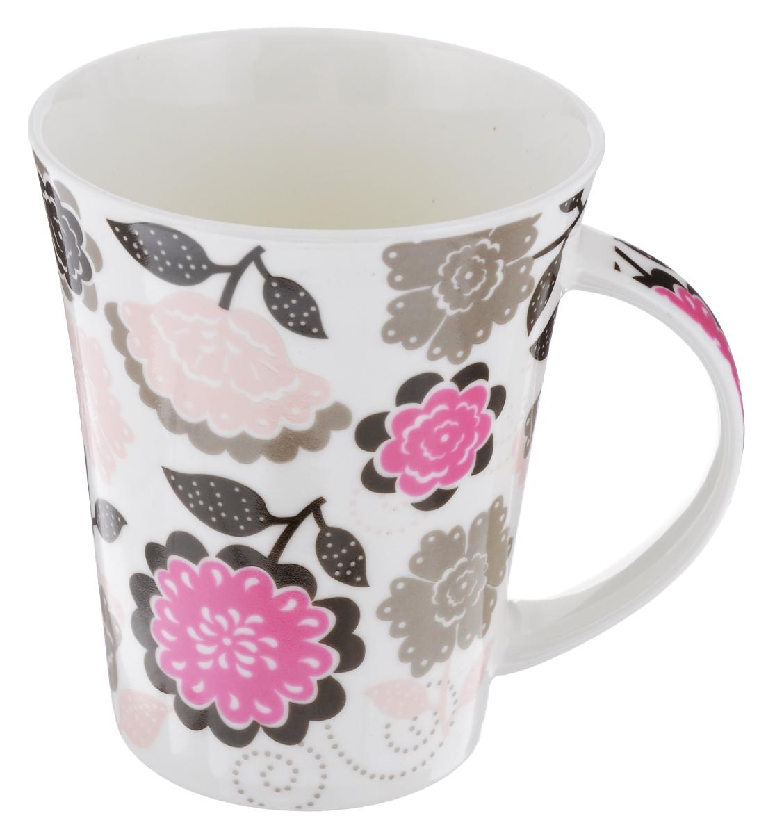 Кружка Фэнтези пинк. Цветы, 300 млLQB18-T077_цветыКружка Фэнтези пинк. Цветы изготовлена из высококачественного фарфора, покрытого слоем сверкающей глазури. Внешние стенки изделия оформлены красочным рисунком. Такая кружка прекрасно подойдет для горячих и холодных напитков. Она дополнит коллекцию вашей кухонной посуды и будет служить долгие годы. Можно использовать в посудомоечной машине и СВЧ. Объем кружки: 300 мл. Диаметр кружки (по верхнему краю): 9 см. Высота стенки кружки: 11 см.