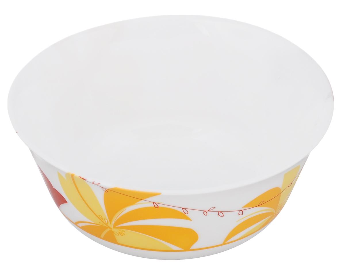 Салатник Luminarc Romane Yellow, диаметр 12 смJ2721Салатник Luminarc Romane Yellow, выполненный из ударопрочного стекла, декорирован изображением цветов. Изящный дизайн придется по вкусу и ценителям классики, и тем, кто предпочитает утонченность. Салатник Luminarc Romane Yellow идеально подойдет для сервировки стола и станет отличным подарком к любому празднику. Диаметр (по верхнему краю): 12 см. Высота стенки: 5,5 см.