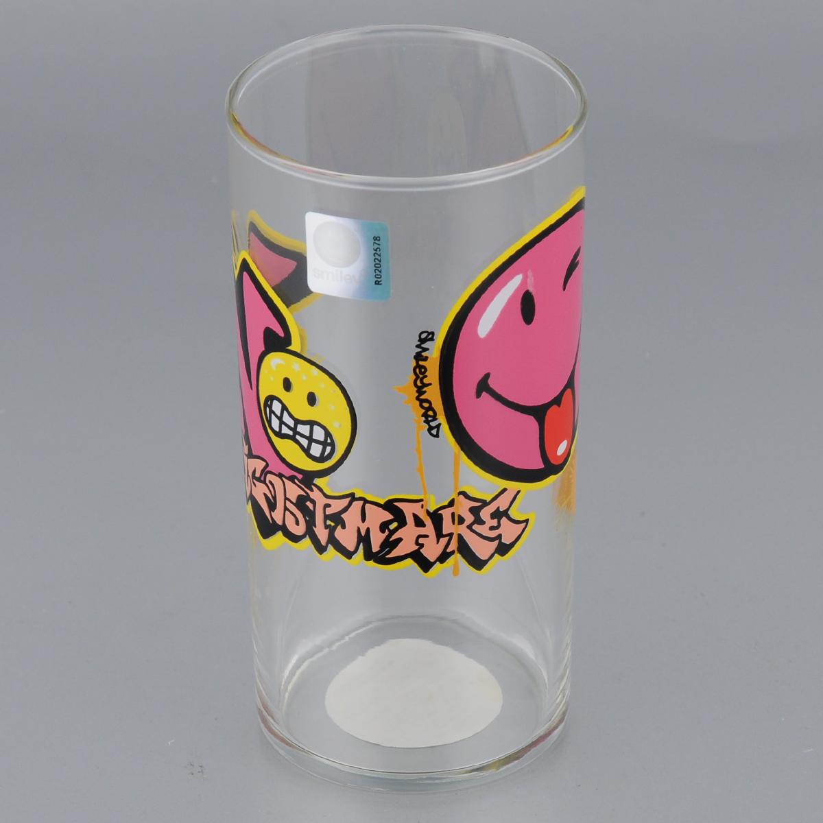 Стакан Luminarc Smiley Graffiti, 270 млJ1003Стакан Luminarc Smiley Graffiti изготовлен из высококачественного стекла. Такой стакан прекрасно подойдет для горячих и холодных напитков. Он дополнит коллекцию вашей кухонной посуды и будет служить долгие годы. Можно использовать в посудомоечной машине и СВЧ. Диаметр стакана (по верхнему краю): 6 см. Диаметр дна: 5,5 см. Высота: 12,5 см.