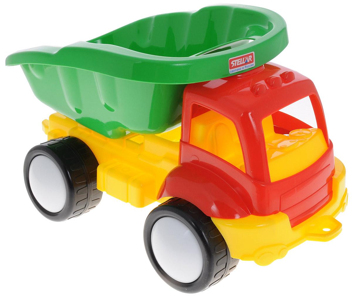 Stellar Грузовик Жук цвет кабины красный1415_красныйГрузовик Stellar Жук обязательно понравится малышу и доставит ему много удовольствия от часов, посвященных игре с ним. Грузовик имеет вместительный подвижный кузов и большие колеса. Грузовик Жук отлично подойдет для игр ребенка на свежем воздухе и на берегу водоема, грузовик имеет отверстие впереди для того, чтобы можно было привязать веревку и с ее помощью ребенок мог управлять движением машинки и приспособление сзади, чтобы ручкой ребенок мог толкать машинку, например находясь в сидячем положение. Благодаря этой машинке ваш маленький непоседа проведет много часов за увлекательным занятием. Занятия с такой игрушкой помогут малышу развить цветовое восприятия, воображение и мелкую моторику рук. Порадуйте его таким замечательным подарком!