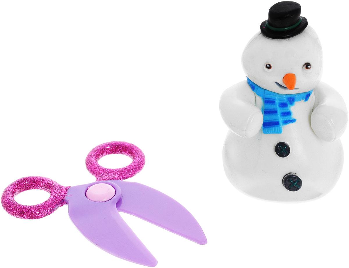 Доктор Плюшева Фигурка Снеговик с ножницами90118_снеговик/ножницыФигурка Доктор Плюшева Снеговик с ножницами непременно понравится любому маленькому поклоннику знаменитого мультфильма. Фигурка выполнена из прочного безопасного пластика в виде забавного снеговика Чилли, героя мультсериала Доктор Плюшева. В комплект также входит дополнительный аксессуар - ножницы, которые разнообразят игру и сделают ее еще более увлекательной. Ваш малыш сможет часами играть с этой фигуркой, разыгрывая сценки из мультфильма, или придумывая собственные истории. Веселый снеговик Чилли непременно станет лучшим другом вашего ребенка!