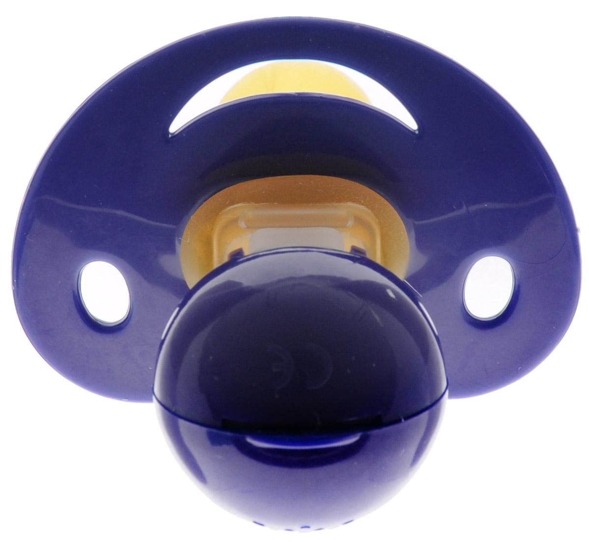 Baby-Frank Пустышка латексная для ингаляции от 0 до 6 месяцев цвет темно-синий204888_темно-синийЛатексная пустышка для ингаляции Baby-Frank с соской формы вишня из натурального латекса повышенной мягкости предназначена для детей от 0 до 6 месяцев. Применяется в качестве дополнительной помощи при насморке. Состоит из соски, диска-нагубника, шарнира, емкости для ваты с перфорированной крышечкой. В то время, как малыш сосет пустышку, он одновременно вдыхает эфирные масла, что способствует очищению дыхательных путей. Успокаивающий эффект при сосании. Отсутствует опасность проглотить разборные части. Пригодна для кипячения.