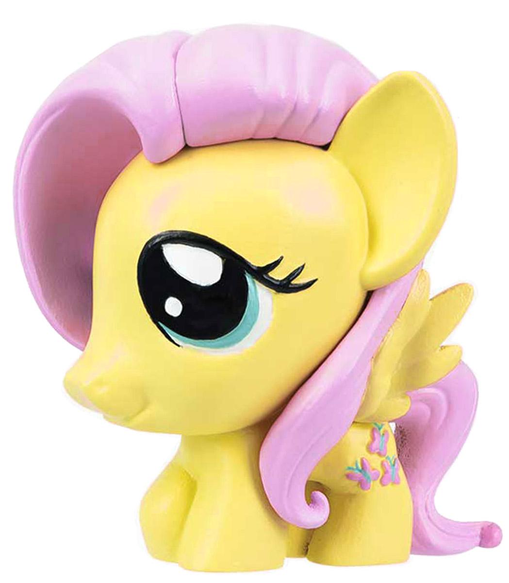 My Little Pony Фигурка-мялка Флаттершай1134404_жёлтыйФигурка-мялка My Little Pony Флаттершай непременно понравятся вашей малышке! Игрушка выполнена в виде героини мультфильма My Little Pony. Игрушка изготовлена из безопасной термопластичной резины, благодаря чему ее можно сжимать, крутить, кидать - а она всегда будет возвращаться в первоначальный вид. Игрушка-мялка способствует развитию мелкой моторики пальцев рук, развивает творческое мышление, укрепляет кистевые мышцы рук, создает позитивный эмоциональный фон и является замечательным антистрессом. Порадуйте своего ребенка таким замечательным подарком!