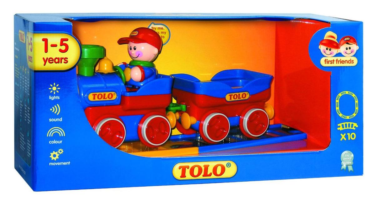 Tolo FF Набор игрушек Железная дорога малая89905Электронный поезд и вагончик. В набор входит фигурка машиниста из коллекции «Первые Друзья». В набор входят десять деталей железнодорожного полотна, из которых собирается овальная железная дорога. Нажми на голову фигурки «Первые Друзья» и у поезда загорится головной прожектор, раздастся гудок и поезд отправится в путешествие по железной дороге. Демонстрационный переключатель. Поезд и вагон могут ездить отдельно друг от друга с выключенным мотором. Эта игрушка развивает следующие навыки: