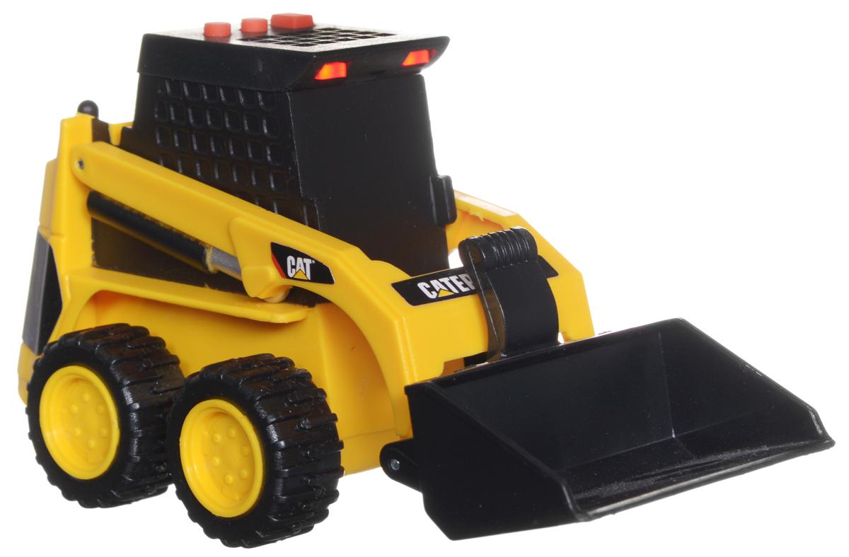 Toystate Погрузчик Cat34611TS-R_погрузчикПогрузчик Toystate Cat обязательно привлечет внимание вашего ребенка. Выполнен из прочного пластика черного и желтого цветов. Погрузчик оснащен подвижным ковшом. На крыше располагаются три кнопочки. При нажатии на них воспроизводятся различные звуки, а также загораются лампочки в верхней части кабины. Малыш проведет с этой игрушкой много увлекательных часов, воспроизводя свою стройку. Ваш ребенок будет в восторге от такого подарка! Рекомендуется докупить 3 батарейки напряжением 1,5V типа LR44 (товар комплектуется демонстрационными).