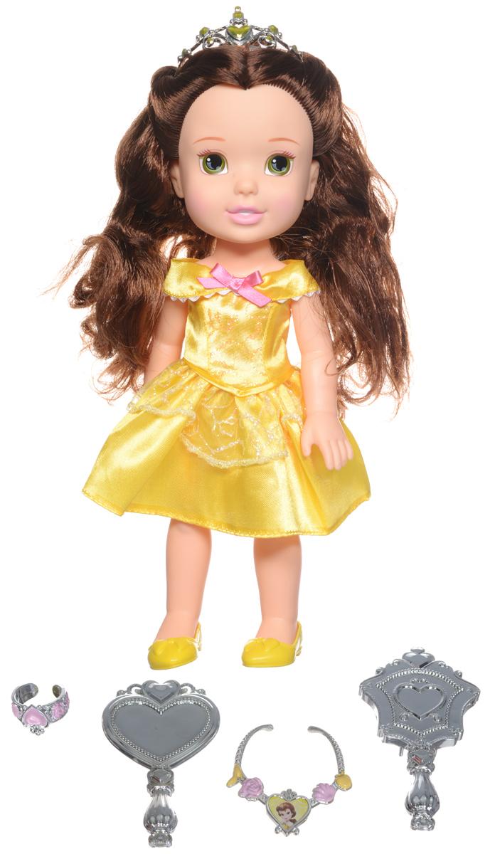 Disney Princess Кукла Малышка Белль цвет платья желтый791820_BelleКукла Disney Princess Малышка Белль непременно приведет в восторг вашу дочурку и обязательно станет ее любимой игрушкой. Очаровательная кукла выполнена в виде красавицы Белль из одноименного мультфильма. Белль одета в желтое изящное платье. На ногах у нее - удобные туфельки. Волосы куколки украшены тиарой. Голова, ручки и ножки куклы подвижны. В комплект также входят аксессуары для куклы и ее хозяйки - подвеска, безопасное зеркало, расческа и браслет, который девочка сможет носить как кольцо. Благодаря играм с куклой, ваша малышка сможет развить фантазию и любознательность, овладеть навыками общения и научиться ответственности. Девочка сможет часами играть с этой милой куколкой, укладывая и заплетая ее длинные волосы и придумывая различные истории.