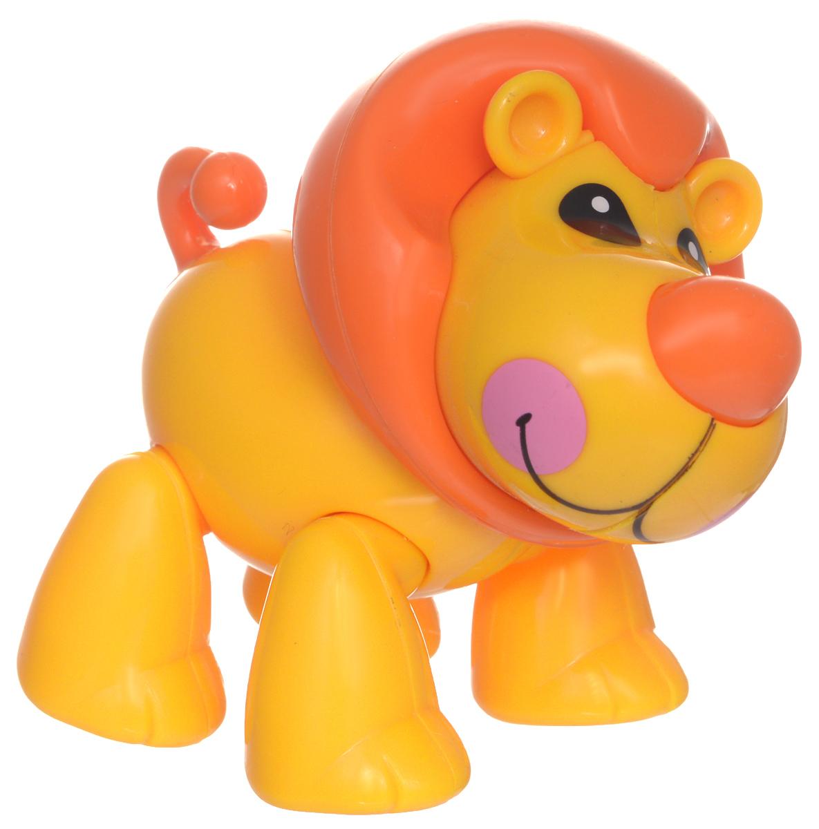 1TOY Фигурка В мире животных ЛевТ57444Фигурка В мире животных. Лев, выполненная из яркой пластмассы в виде симпатичного льва, непременно придется по душе вашему малышу. Забавная фигурка имеет подвижные лапы, хвост и шею. Если двигать частями тела животного, то будут слышны негромкие щелкающие звуки. Фигурка В мире животных способствует развитию у ребенка цветового и звукового восприятия, мелкой моторики рук, хватательного рефлекса, осязания, координации движений и изучению живого мира нашей планеты. Отлично подходит для сюжетно-ролевых игр, которые способствуют развитию памяти и воображения у малыша.