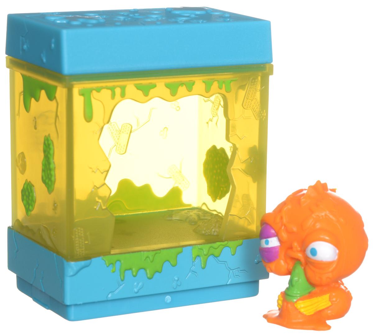 Ugglys Pet Shop Игровой набор Домик с фигуркой Ranr Nank19411_ranr nankИгровой набор из серии Хулиганские животные состоит из домика со звуковыми эффектами и уникальной фигурки питомца, которую нельзя найти в других упаковках и наборах серии. Домик выполнен в ярких цветах и притягивает взгляд. Если внутри него поместить мини-фигурку животного и надавить на пол - будут раздаваться звуки. В ассортименте представлено 6 домиков, которые можно состыковать один с другим и построить большой зоомагазин с эксклюзивными животными. Такая удивительная игрушка обязательно понравится вашей малышке! Порадуйте ее таким замечательным подарком! Для работы требуются 2 батарейки типа LR44 (комплектуется демонстрационными).
