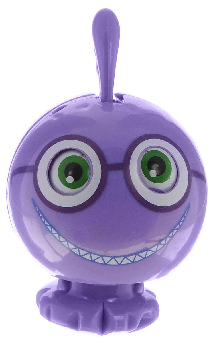 Zhorya Монстрик-крутыш Рэндалл БоггсХ75338Монстрик-крутыш Zhorya - необычная игрушка, которая создана по мотивам мультфильма Университет монстров. Игрушка фиолетового цвета, с хохолком на голове и добродушной улыбкой. Милый и забавный монстрик находится будто в спячке (в собранном состоянии), пока его не положишь на специальную магнитную карту (в комплекте). Тогда игрушка просыпается и быстро раскрывается. Забавный инопланетянин станет самым необычным подарком для поклонника популярного мультфильма. Удивите ребенка таким оригинальным подарком.