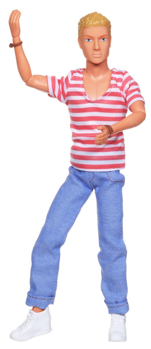 Simba Кукла Casual Kevin в полосатой футболке5738032_блондин, полосатая футболкаКукла Simba Casual Kevin непременно приведет в восторг вашу малышку и обязательно станет ее любимой игрушкой. Блондин Кевин одет в модный наряд в стиле casual - полосатую футболку и голубые джинсы, а на ногах у него - белые кроссовки. Руки, ноги и голова куклы подвижны, благодаря чему ей можно придавать любые позы. Благодаря играм с куклой, ваша малышка сможет развить фантазию и любознательность, овладеть навыками общения и научиться ответственности.