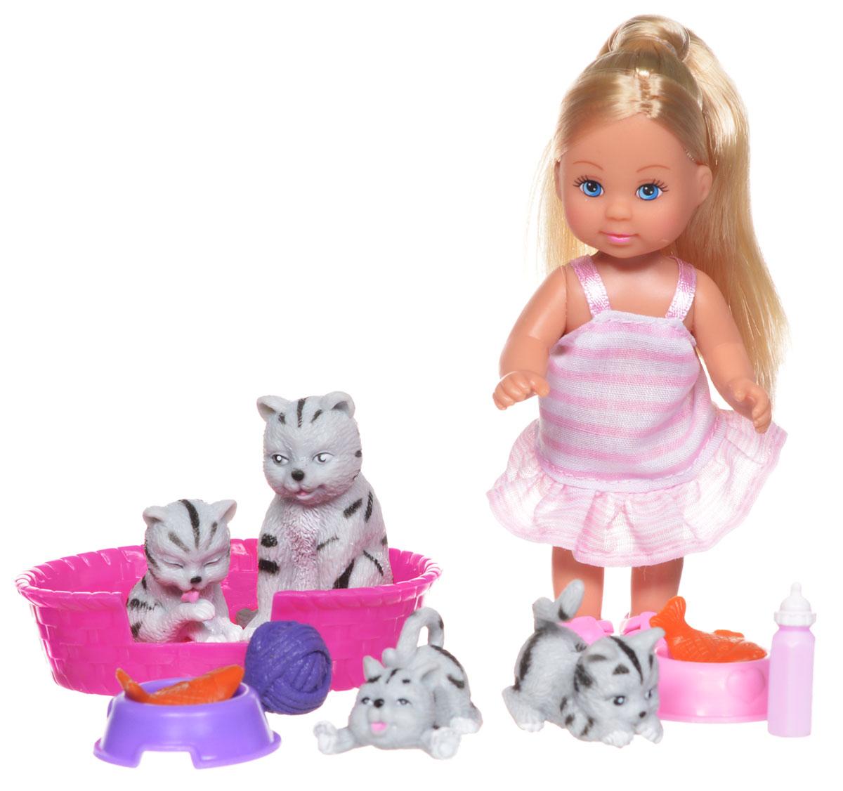 Simba Игровой набор с мини-куклой Еви с кошками5734191_блондинка, серые кошкиИгровой набор с мини-куклой Simba Еви с кошками порадует любую девочку и надолго увлечет ее. Набор включает в себя куколку Еви, ее питомцев в виде серых кошечек, а также аксессуары для ухода за животными. Малышка Еви одета в полосатый сарафан и розовые ботиночки. Вашей дочурке непременно понравится заплетать длинные белокурые волосы куклы, придумывая разнообразные прически. Руки, ноги и голова куклы подвижны, благодаря чему ей можно придавать разнообразные позы. Игры с куклой способствуют эмоциональному развитию, помогают формировать воображение и художественный вкус, а также разовьют в вашей малышке чувство ответственности и заботы. Великолепное качество исполнения делают эту куколку чудесным подарком к любому празднику.