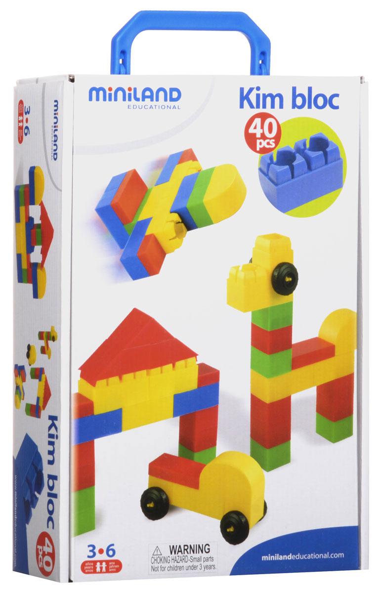 Miniland Конструктор Kim Bloc32411Конструктор Miniland Kim Bloc - это гарантия развлечения и правильного развития вашего ребенка. Конструктор - этот замечательный конструктор с яркими деталями обязательно привлечет внимание любого ребенка. Конструктор состоит из 40 цветных блоков для строительства, включая колеса для сборки транспортных средств. Элементы конструктора легко соединяются и разбираются, при этом в процессе игр, постройки не разрушаются. Детали конструктора выполнены из прочного, мягкого и гибкого пластика, легко моются. Конструктор способствует развитию моторики рук, пространственного мышления, координации движений, цветовосприятия. На упаковке изображены примеры сборки конструктора. Размер детали: до 7 см.