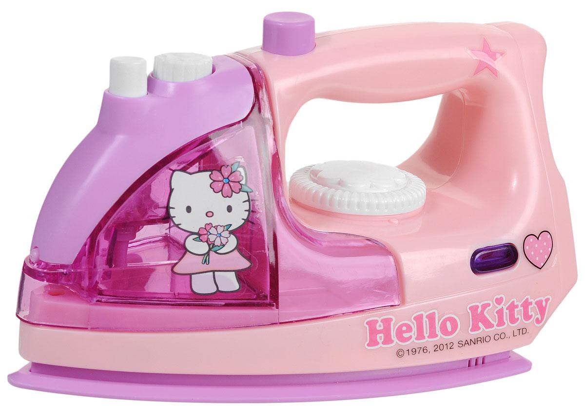 Simba Утюг Hello Kitty, цвет: розовый, сиреневый4737535Игрушка Simba Hello Kitty непременно понравится вашей маленькой хозяйке! Утюг выполнен из прочного пластика розового и сиреневого цветов. Отсек для воды оформлен с двух сторон наклейкой в виде всеми любимой кошечки Китти. Игрушка со световыми и звуковыми эффектами имитирует работу настоящего утюга. В утюг встроен пульверизатор для воды, активирующийся, если нажать кнопку, расположенную сверху игрушки. При включении у него загорается лампочка под ручкой. С таким утюгом все игрушки вашего ребенка будут опрятными, а их одежда будет идеально выглажена. Необходимо докупить 2 батарейки напряжением 1,5V типа LR6 (АА) (не входят в комплект).