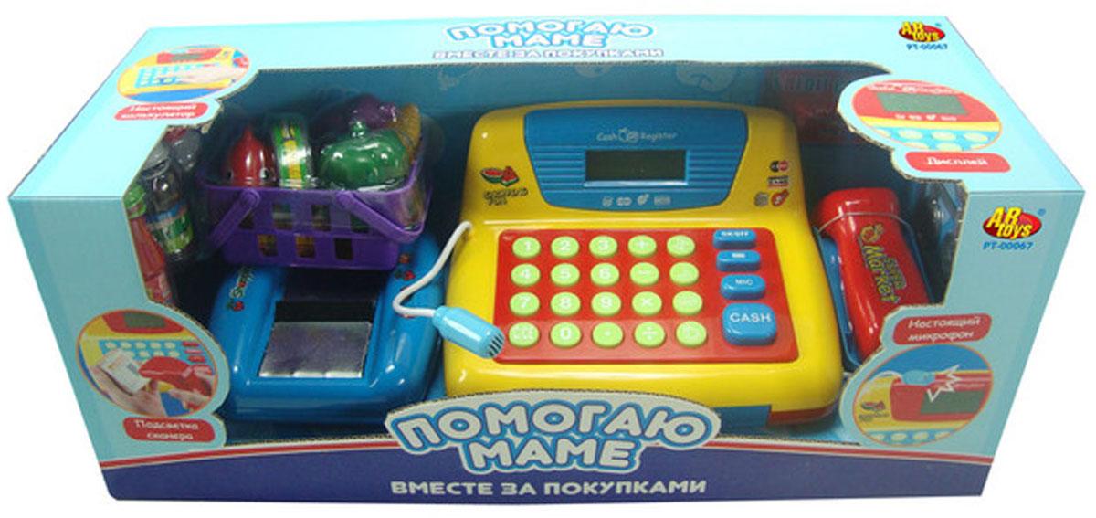 ABtoys Игровой набор Помогаю маме: Вместе за покупкамиPT-00067(34369)Игровой набор AB toys Помогаю маме: Вместе за покупками со световыми и звуковыми эффектами позволит малышу напрямую соприкоснуться с миром торгово-потребительских отношений. Набор включает в себя кассовый аппарат с микрофоном, корзинку с продуктами питания (рыбой, кукурузой, перцем, баклажаном, коробочкой специй и банкой рыбных консервов), бутылки кетчупа, молока и воды, кредитную карту, бумажные деньги и монетки. Уникальный кассовый аппарат совсем как настоящий: он оснащен сканером штрих-кодов товара и лентой, по которой едут продукты, терминалом для работы с кредитной картой, кнопками с цифрами, отсеком для хранения денег. Также этот кассовый аппарат можно использовать в качестве калькулятора. С помощью этого набора ваш ребенок сможет научиться считать, правильно вести себя в магазине и делать покупки. Порадуйте его таким замечательным подарком! Необходимо докупить 3 батарейки напряжением 1,5V типа АА (не входят в комплект).