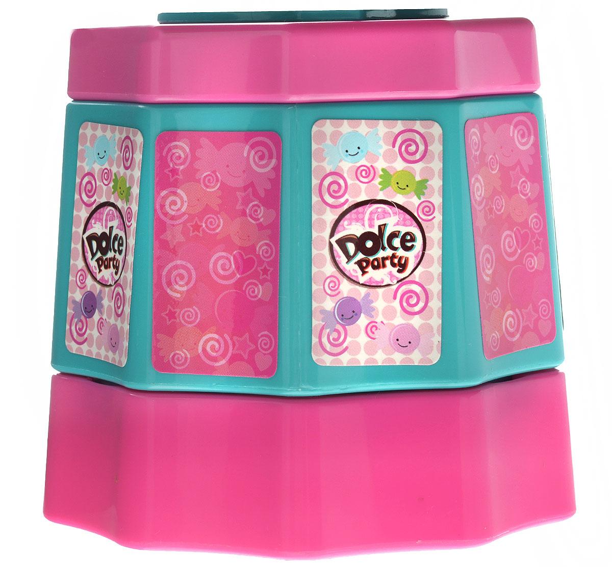 Dolce Party Игровой набор Готовим желе с аксессуарамиGPH02175_Готовим желеИгровой набор Dolce Party Готовим желе в увлекательной форме научит вашу малышку готовить потрясающе вкусное желе. В набор входит все для этого необходимое: емкость для желе, контейнер с крышкой для ингредиентов, венчик, 2 лопатки (изогнутая и плоская), измерительная ложка и 2 формочки. В наборе вы также найдете рецепт, по которому сможете приготовить вкусное лакомство. Загрузите все ингредиенты в специальный контейнер, взбейте их с помощью венчика и разлейте в формочки. Можно накрывать на стол! Все элементы выполнены из высококачественного пластика ярких цветов и абсолютно безопасны для ребенка. Набор Dolce Party Готовим желе станет прекрасным подарком для каждой девочки и позволит открыть ей интерес к кулинарии. Порадуйте ее таким замечательным подарком!