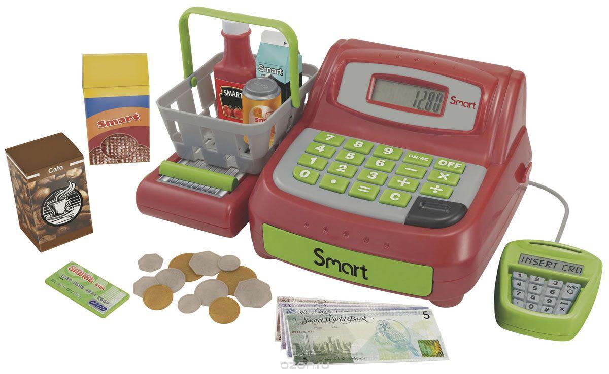 HTI Игровой набор Кассовый аппарат Smart с аксессуарами1680609.00Игровой набор HTI Кассовый аппарат Smart со звуковыми эффектами позволит малышу напрямую соприкоснуться с миром торгово-потребительских отношений. Набор включает в себя кассовый аппарат, продукты питания (молоко, кофе, газированную воду, печенье, кетчуп), корзину для продуктов, банковскую карту и деньги (купюры и монеты). Уникальный кассовый аппарат совсем как настоящий: он оснащен конвейерной лентой для передвижения продуктов, терминалом для работы с банковскими картами, монитором и отсеком для хранения денег, открывающимся при помощи специальной кнопки. Также кассовый аппарат можно использовать как обычный калькулятор. С помощью этого набора ваш ребенок сможет научиться правильно вести себя в магазине и делать покупки. Порадуйте его таким замечательным подарком! Рекомендуется докупить 2 батарейки напряжением 1,5V типа AA (товар комплектуется демонстрационными).