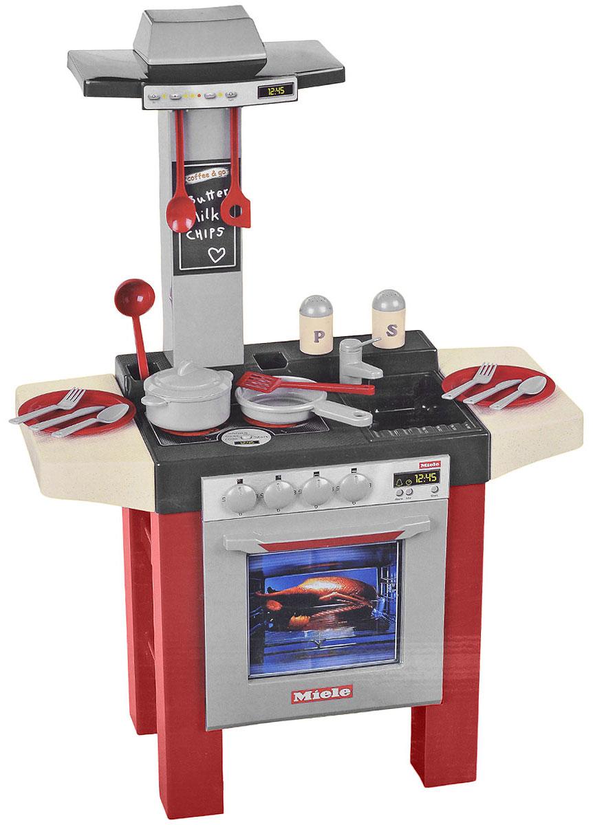 Klein Игровой набор Miele Кухонный центр9067Если ваш ребенок любит помогать маме на кухне, играть с посудой, варить и жарить, но вам приходится ограничивать его в игре с бьющимися предметами кухонной утвари, то эта детская кухня создана специально для юного поваренка. Игровой набор Klein Miele. Кухонный центр со световыми и звуковыми эффектами является уменьшенной копией кухонного центра Miele. Центр оснащен плитой с двумя конфорками, духовкой с грилем, вытяжкой, раковиной и посудомоечной машинкой. Реалистичные звуки готовки сделают игру еще интереснее. В набор входят аксессуары для игры: сковорода, кастрюля, крышка, 2 лопатки, поварешка, ложка, солонка, перечница, 2 тарелки, 2 ложки, 2 вилки и 2 ножа. С такой кухней ваш ребенок сможет устроить для своих игрушек удивительный обед. Порадуйте его таким замечательным подарком! Необходимо докупить 2 батарейки напряжением 1,5V типа ААА (не входят в комплект).
