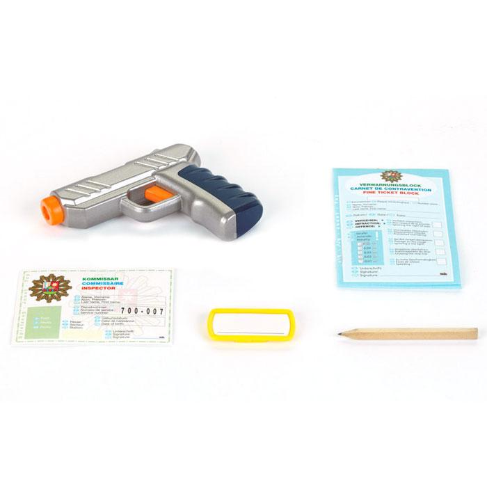 Klein Игровой набор Полицейский 5 предметов8801Игровой набор Klein Полицейский включает в себя полный набор необходимых аксессуаров для маленького полицейского, которые создадут увлекательную атмосферу игры. В комплект входят: пистолет, стреляющий водой, удостоверение полицейского, бейдж, карандаш и бланки для штрафов. С этим замечательным набором ребенок сможет почувствовать себя во всеоружии. Порадуйте его таким замечательным подарком!