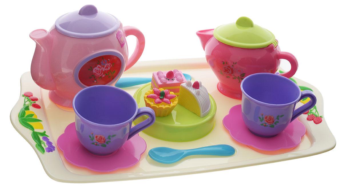 Kiddieland Игровой набор для кухни Musical Tea Set 13 предметовKID 045815Самое время устроить незабываемое чаепитие с набором для кухни Kiddieland Musical Tea Set! В комплект входит все для этого необходимое: поднос, 2 блюдца, 2 чашечки, 2 ложечки, чайничек, кувшинчик для сливок, сахарница и 3 пирожных. Чайничек и молочник оснащены звуковыми эффектами. Все элементы набора, выполненные из высококачественного яркого пластика, удобны для детской ладони, не имеют острых углов и абсолютно безопасны для ребенка. Этот замечательный набор разнообразит игры детей и поспособствует созданию новых сюжетов для ролевых детских игр, тем самым развивая фантазию и мелкую моторику рук у ребенка и побуждая малыша к коллективным играм. Порадуйте вашего ребенка таким замечательным подарком! Необходимо докупить 2 батарейки напряжением 1,5V типа LR6 и 3 батарейки напряжением 1,5V типа AG13/LR44 (не входят в комплект).