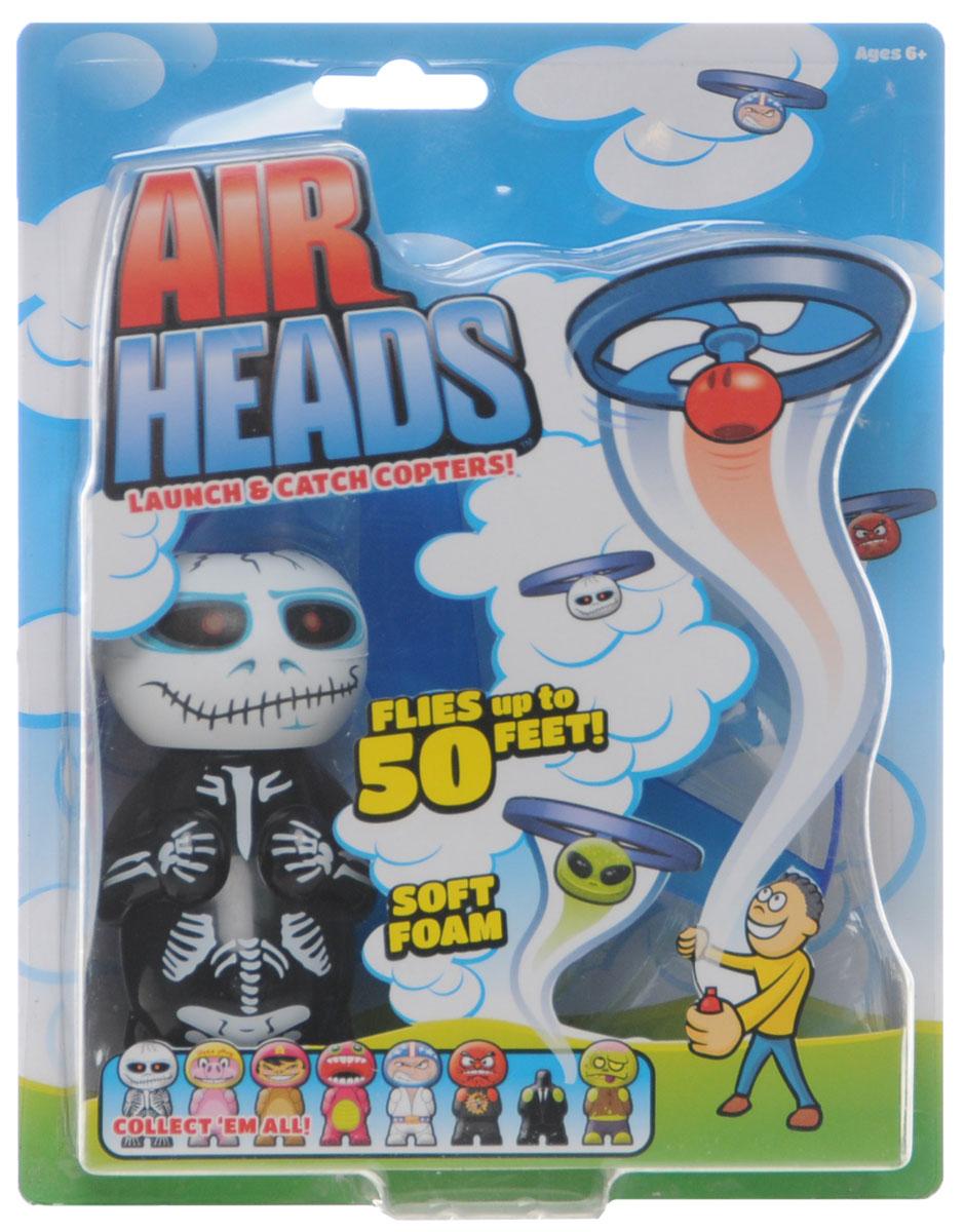 Air Heads Игрушка Hog Wild Skully52400_SKULLYИгрушка Hog Wild Air Heads: Skully обязательно порадует вашего малыша! Корпус и пропеллер игрушки выполнены из прочного пластика, а голова - из мягкого вспененного полимера. Соедините пропеллер с головой фигурки до щелчка и потяните за пусковой шнур, держа фигурку на расстоянии вытянутой руки. Голова игрушки сорвется с плеч и взлетит вверх на высоту до 15 метров! Устройте соревнование головолетов с друзьями, проверьте, кто сможет запустить свой головолет дальше или выше. Игрушка совместима с другими игрушками из серии Air Heads - меняйте их головы и создайте собственного монстра! Такая игрушка понравится любому малышу и подарит ему немало веселых моментов и массу удовольствия. Порадуйте своего ребенка таким замечательным подарком!