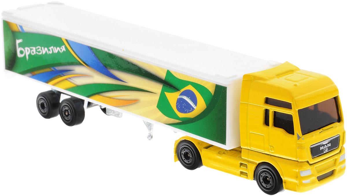 Majorette Грузовик Бразилия2053185_БразилияГрузовик Majorette Бразилия обязательно понравится вашему малышу и надолго увлечет его. Игрушка выполнена из прочного высококачественного пластика с элементами из металла. Кузов оформлен принтом с изображением флага Бразилии. Колесики машинки вращаются, они имеют прорезиненное покрытие, благодаря чему машинка превосходно ездит по любой гладкой поверхности. Игры с такой машинкой развивают концентрацию внимания, координацию движений, мелкую моторику рук, цветовое восприятие и воображение. Малыш будет часами играть с этой машинкой, придумывая разные истории. Порадуйте своего ребенка таким замечательным подарком!