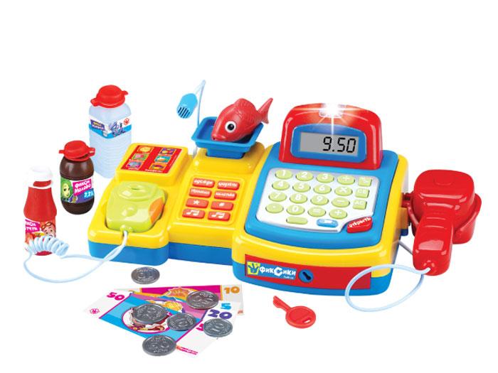 Фиксики Игровой набор Фикси Магазин 16 предметовFS-34455Касса Фикси Магазин 6 игровых функций: Расчет стоимости покупки. Отделение для фикси денег закрывается на ключ. Взвешивание товара. Говорите в микрофон удерживая кнопку. Детектор подлинности купюр. Зачет товара через сканер. 16 предметов. Работает от 3 батареек типа ААА (в комплект не входят). Изготовлено из полимерных материалов. Не рекомендовано детям младше 3-х лет. Сделано в Китае.