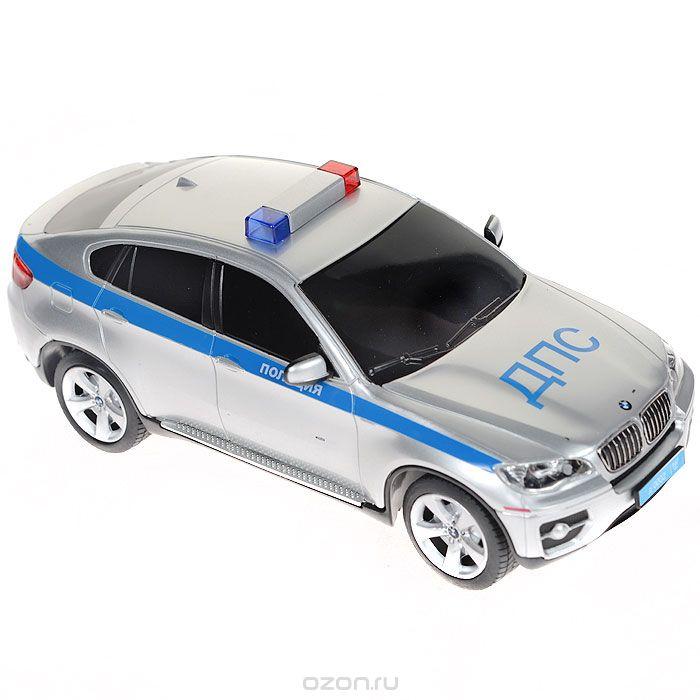 Rastar Радиоуправляемая модель BMW X6 Полиция цвет серебристый31700-1Радиоуправляемая модель BMW X6. Полиция со световыми эффектами, являющаяся точной копией настоящего автомобиля, - отличный подарок не только ребенку, но и взрослому. Автомобиль изготовлен из современных прочных материалов и обладает высокой стабильностью движения, что позволяет полностью контролировать его процесс, управляя без суеты и страха сломать игрушку. Основные направления движения автомобиля: вперед-назад-влево-вправо. При движении вперед и назад у автомобиля светятся фары. В комплект входят автомобиль, пульт управления и инструкция на русском языке. Автомобиль работает от 3 батарей типа АА, пульт управления - от 2 батарей типа АА (не входят в комплект).