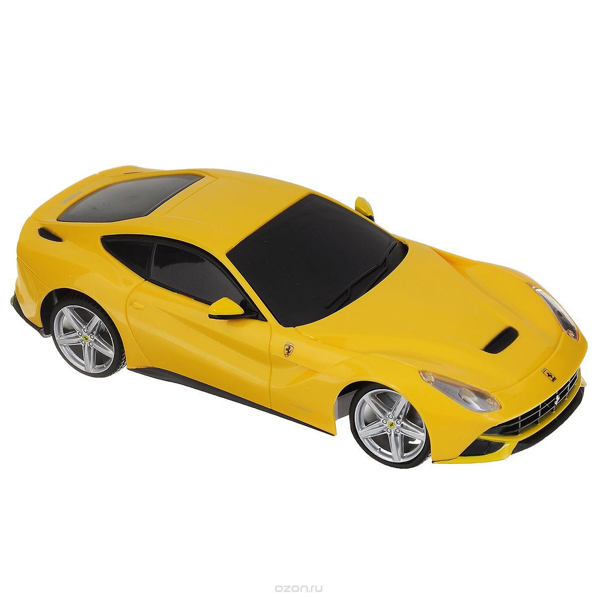 Maisto Радиоуправляемая модель Ferrari F12 Berlinetta цвет желтый масштаб 1:1481241_желтыйРадиоуправляемая модель Maisto Ferrari F12 Berlinetta с ярким привлекающим внимание дизайном обязательно понравится всем любителям гоночных автомобилей. Корпус выполнен из высококачественного пластика. Машина представляет собой копию, уменьшенную от реального прототипа в 14 раз. Машина высокодетализирована, с настоящими боковыми зеркалами, двери не открываются. Имеются световые эффекты: горят передние и задние фары. Двигается в нескольких направлениях: вперед, назад, вправо, влево. Автомобиль оснащен профессиональным передатчиком с частотой 27 MHz. Управление с помощью трехканального пульта управления (поставляется в комплекте). В комплекте инструкция по эксплуатации на русском языке. Для работы машины рекомендуется докупить 6 батареек напряжением 1,5V типа АА (товар комплектуется демонстрационными). Для работы пульта управления необходимо докупить 2 батарейки напряжением 1,5V типа ААА (товар комплектуется демонстрационными).