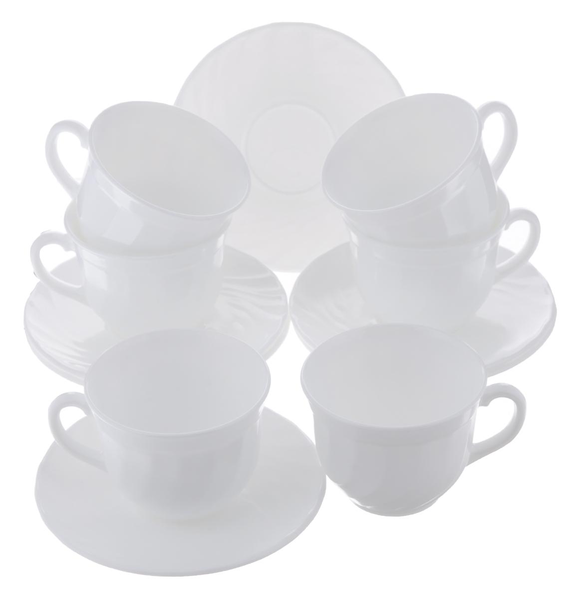 Набор чайный Luminarc Trianon, цвет: белый, 12 предметовE8845Чайный набор Luminarc Trianon состоит из 6 чашек и 6 блюдец. Изделия, выполненные из высококачественного ударопрочного стекла, имеют элегантный дизайн и классическую круглую форму. Посуда отличается прочностью, гигиеничностью и долгим сроком службы, она устойчива к появлению царапин и резким перепадам температур. Такой набор прекрасно подойдет как для повседневного использования, так и для праздников. Чайный набор Luminarc Trianon - это не только яркий и полезный подарок для родных и близких, это также великолепное дизайнерское решение для вашей кухни или столовой. Объем чашки: 220 мл. Диаметр чашки (по верхнему краю): 8,7 см. Высота чашки: 6,8 см. Диаметр блюдца (по верхнему краю): 14 см. Высота блюдца: 1,5 см.