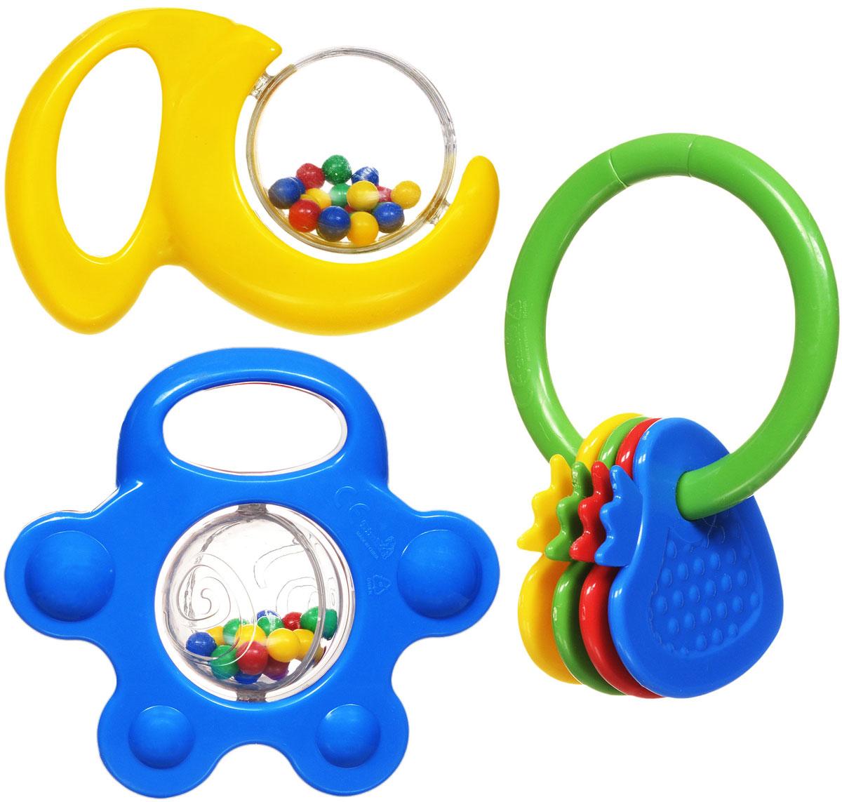 Simba Набор погремушек 3 шт4011072Набор погремушек включает в себя три погремушки разной формы, выполненные из яркого пластика. Гремящие шарики внутри двух игрушек играют роль погремушки. Третья игрушка представляет собой кольцо с нанизанными на него элементами, в форме клубничек. Игра с погремушкой поможет малышу развить слуховое и цветовое восприятия, мелкую моторику рук и концентрацию внимания, а также стимулирует взаимодействие между органами осязания, слухом и зрением и учит различать формы.