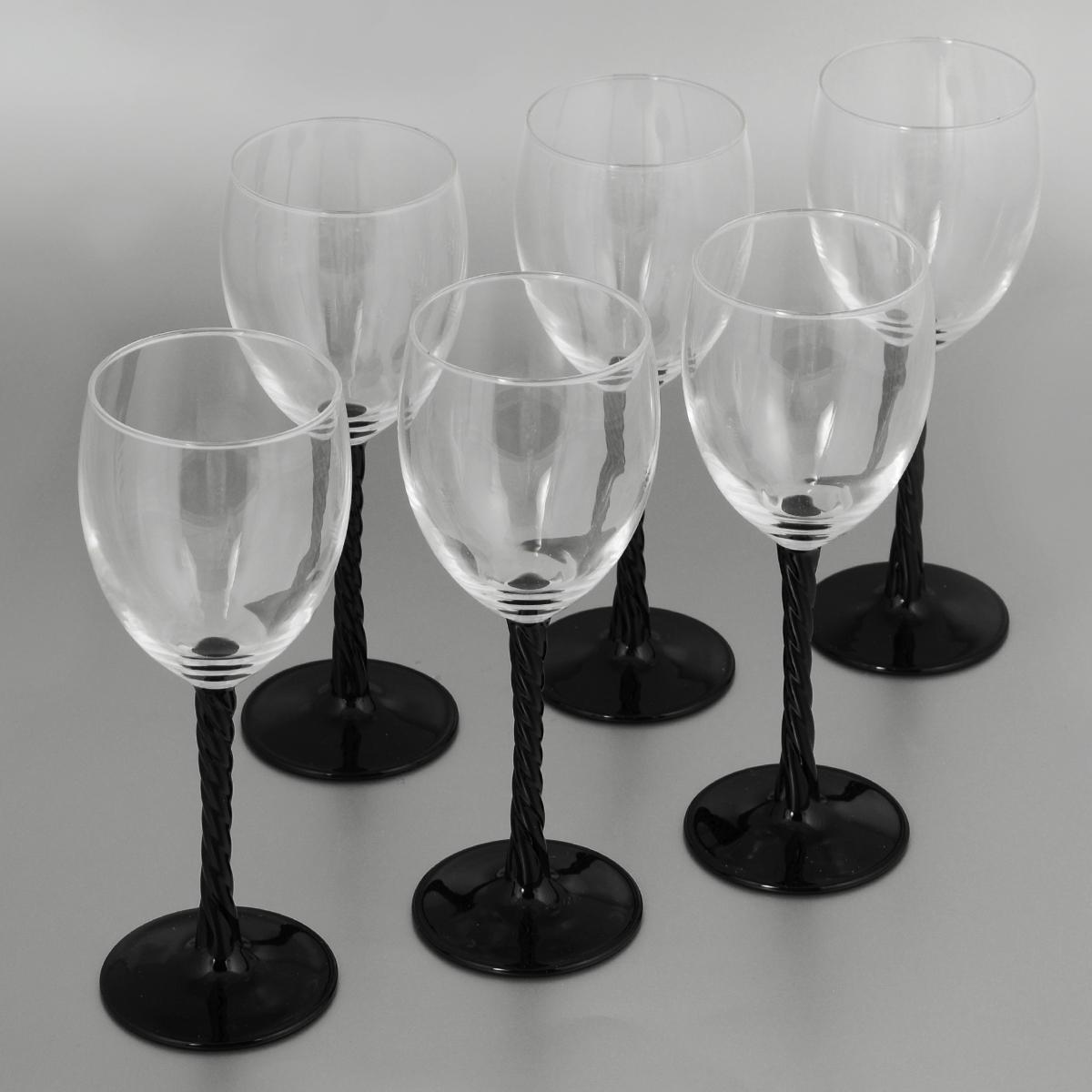 Набор фужеров Luminarc Authentic Black, 250 мл, 6 штH5Набор Luminarc Authentic Black состоит из шести фужеров, выполненных из прочного стекла. Изделия оснащены высокими рельефными ножками и предназначены для подачи вина. Они сочетают в себе элегантный дизайн и функциональность. Благодаря такому набору пить напитки будет еще вкуснее. Набор фужеров Luminarc Authentic Black прекрасно оформит праздничный стол и создаст приятную атмосферу за романтическим ужином. Такой набор также станет хорошим подарком к любому случаю. Можно мыть в посудомоечной машине. Диаметр фужера (по верхнему краю): 6,5 см. Высота фужера: 19,5 см.